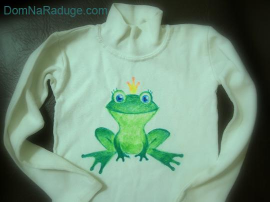 рисунки фломастерами на детской одежде: царевна-лягушка