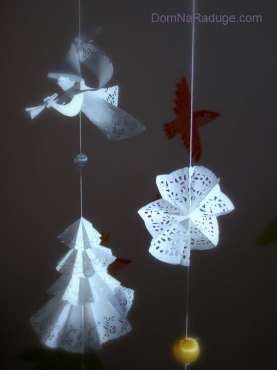 ангелы, ёлочки и снежинки из бумаги