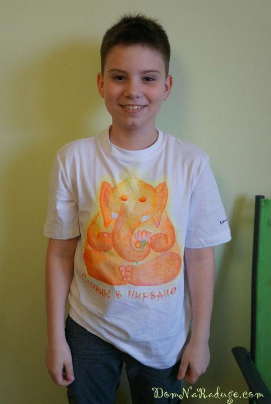"рисунок на футболке ""слоник в нирване"""