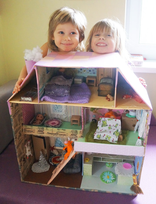 самодельный кукольный домик из картона