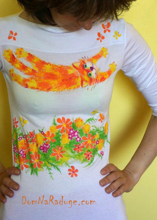 рисунок на футболке - летающий кот