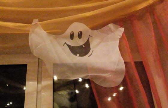 Украшение комнаты к хеллоуину