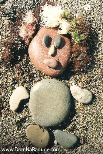 портрет из камушков