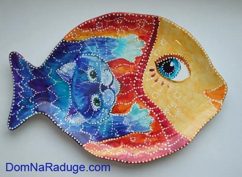 расписная тарелка - рыбка и котик