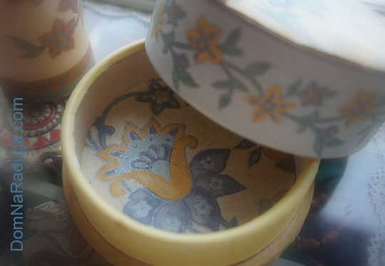 декор шкатулки обоями