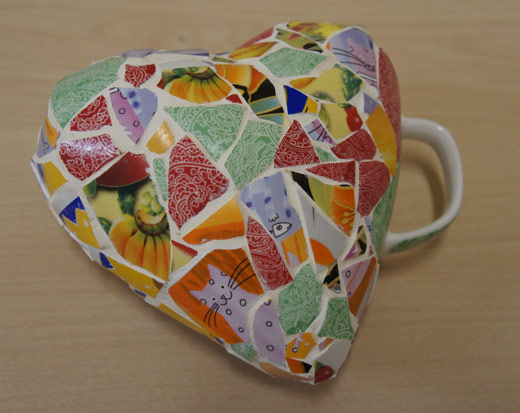 Валентика - мозаика из битых чашек